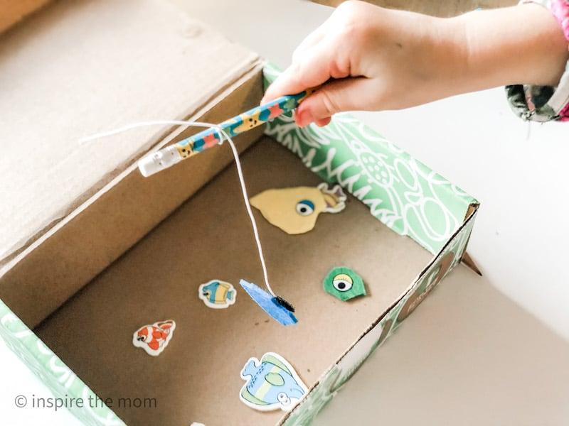 green kid crafts activity ocean