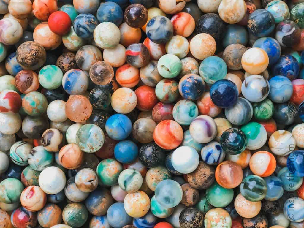 200 screen free summer activities for kids marble pic